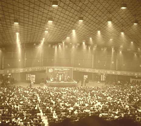 A szabadkai sportcsarnok több mint ötezer nézőt fogadott be.