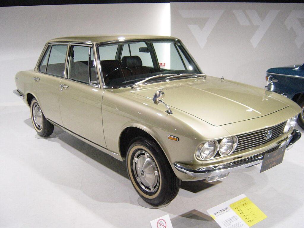 1280px Mazda LUCE 1st generation01