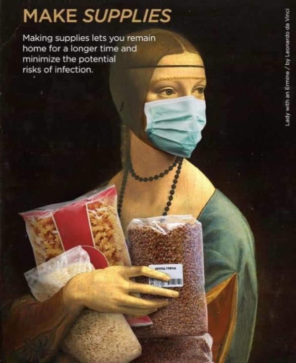 A Hermelines hölgy (állatkája helyett) tartós élelmiszerekkel festeti meg portréját a járványidőben