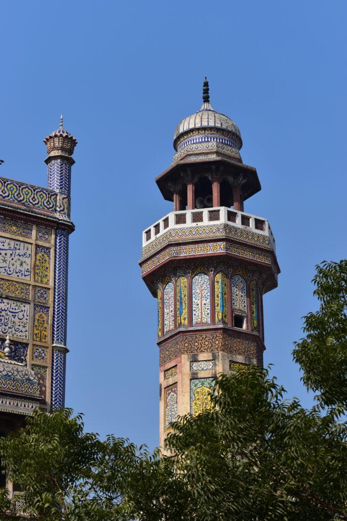 Wazir Khan mecset - nem lehet betelni vele