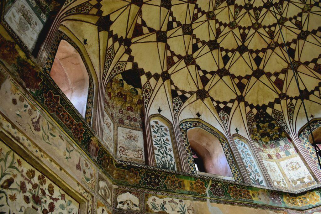 A Shahi Hammam fürdő belső tereinek díszítése