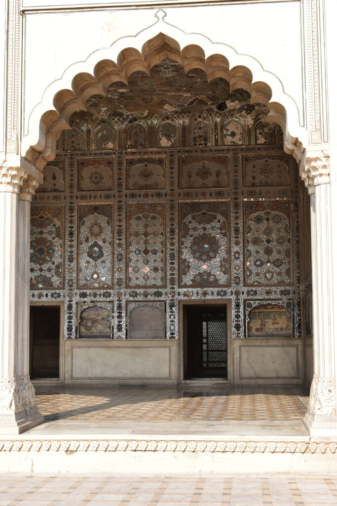 A Sheesh Mahal tükrei