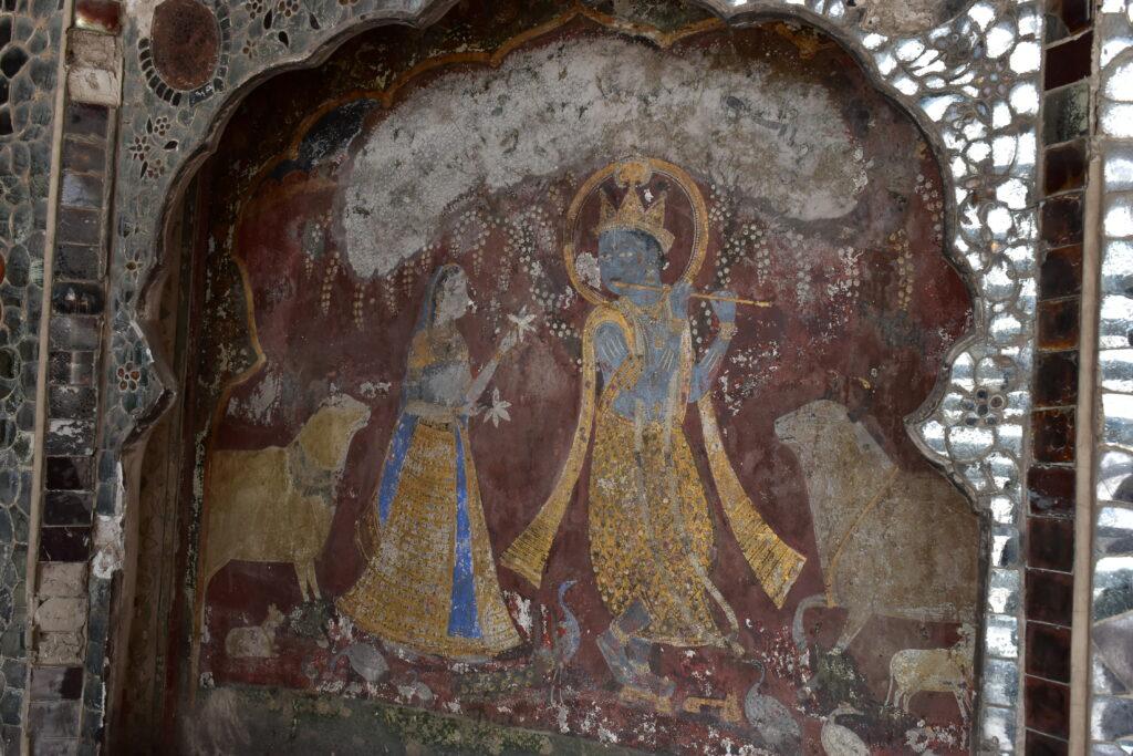 Krishna freskó a Sheesh Mahal falán