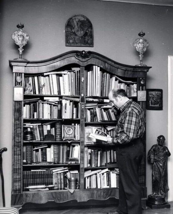 Pécsi Sándor otthonában