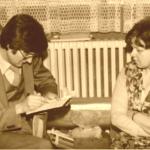 1980 – Kollár Ferenc a Solid egy felsőrész készítőjével beszélget a női dolgozók kéréseiről.