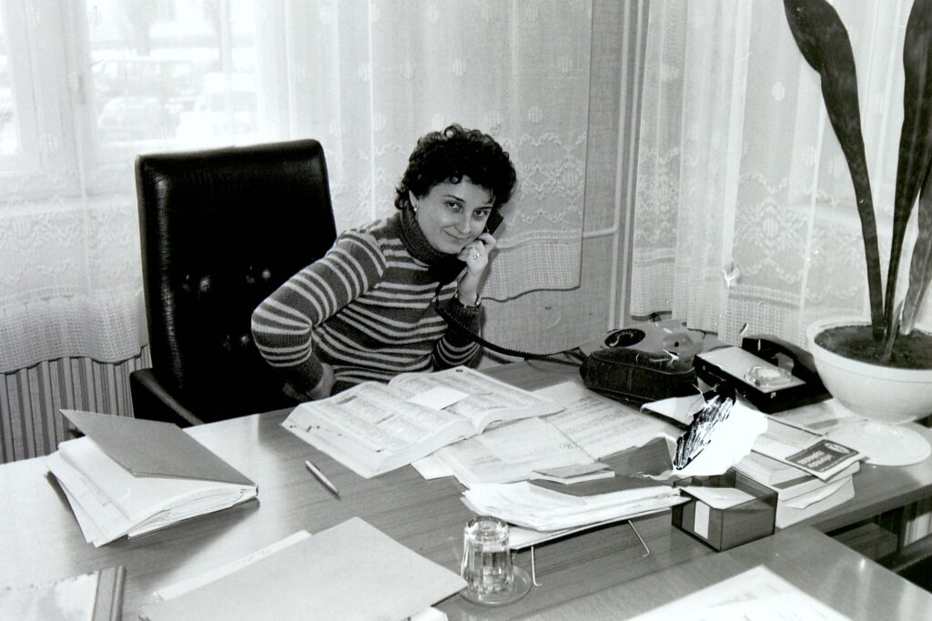 1962 – Ujházi Teréz a Chemos általános osztályának vezetője.