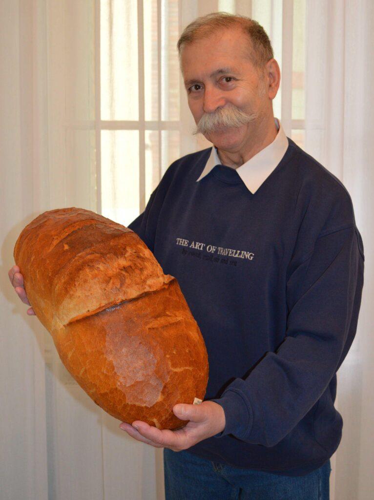 HUSVÉTi kenyér
