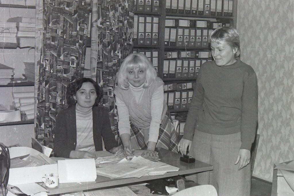 1978 – a gyártást ütemező technikusok.